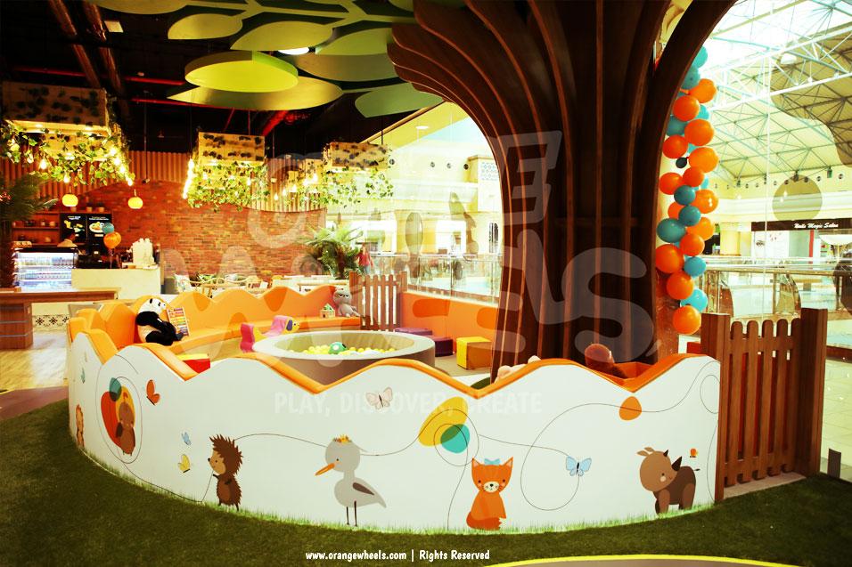 orange wheels cafe